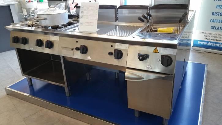 Vendita in offerta di blocco cottura a gas mod s700 cucina fry top cuocipasta da de santis - Cucina a gas in offerta ...